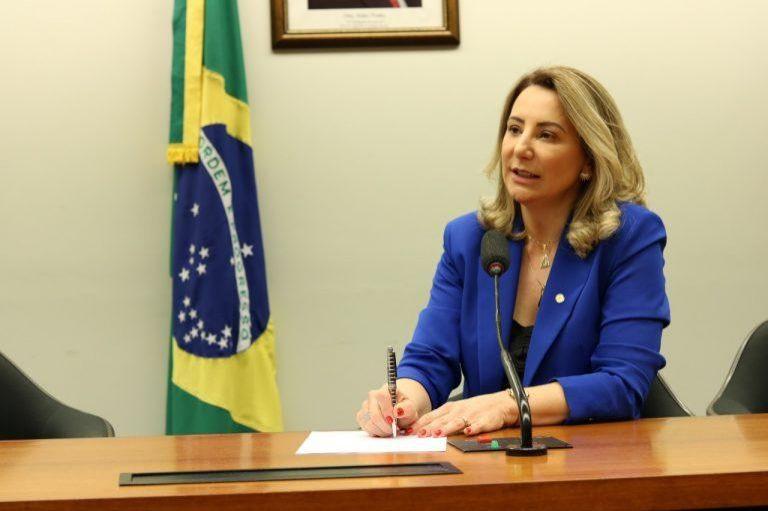 Atuação de Jaqueline Cassol assegura mais de 70 milhões para Rondônia