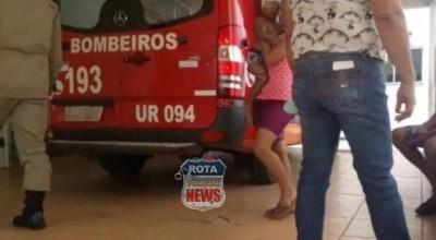 Garoto de 03 anos sofre corte na cabeça após portão cair sobre ele no bairro Assossete