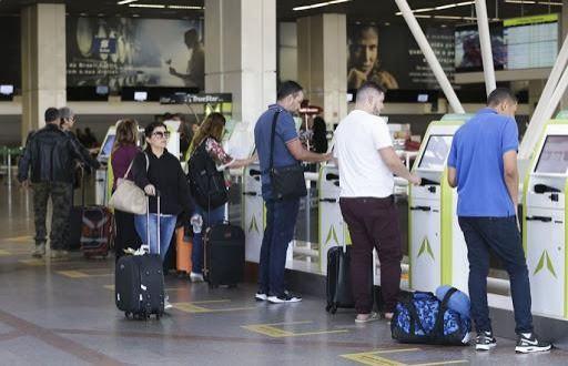 Recupera Voo auxilia passageiros em casos de voos cancelados e atrasados em RO e AC