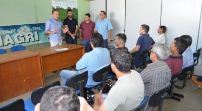 Agricultores de Rolim de Moura participam de palestra sobre qualidade, seleção e fermentação do café
