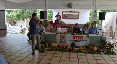 Prefeito Luizão do Trento e vice-prefeito Fabricio Melo prestigiam assembleia do STTR