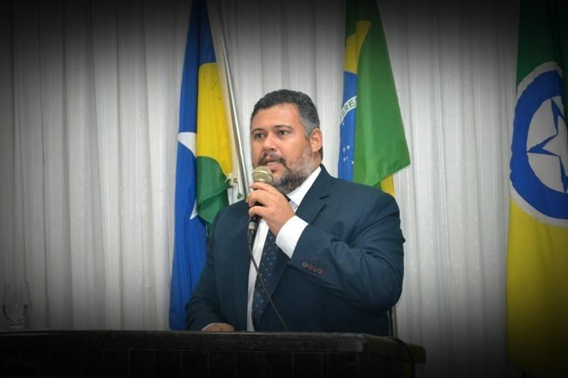 Quebra de Decoro? Presidente da Câmara de Rolim é chamado de Vagabundo e Mentiroso em rede social por outro vereador