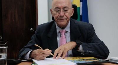 Confúcio Moura sugere que senadores destinem cota de atividades parlamentares para combate ao Covid 19