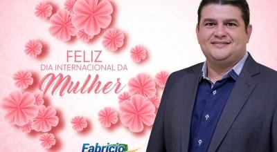 Homenagem de Fabrício Melo a todas as mulheres