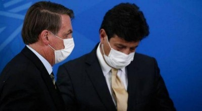Em meio a rumores sobre demissão, Mandetta diz: 'Médico não abandona paciente'