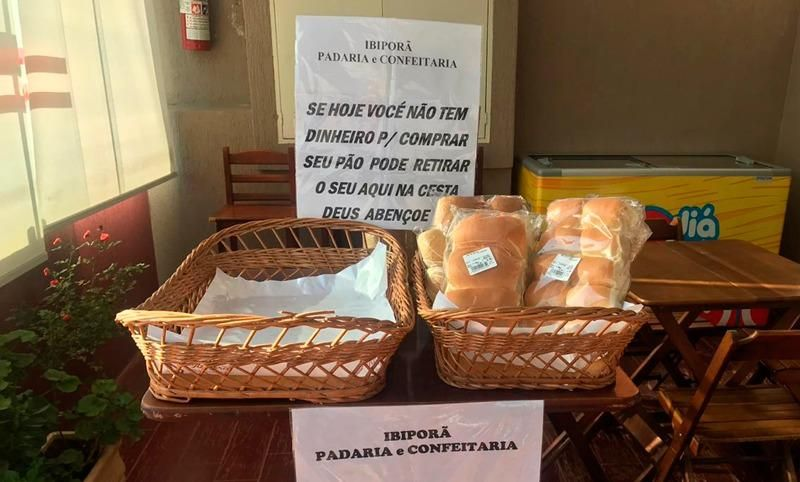 FOME - Não só por que é páscoa, mas é hora de dividir o pão