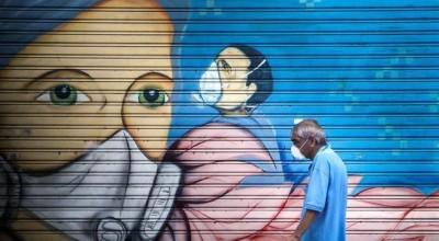'Máscaras não vão parar a pandemia', diz diretor-geral da OMS