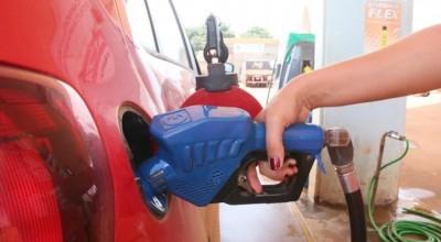 Preço da gasolina cai com medidas de prevenção ao coronavírus em Rolim de Moura
