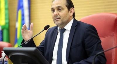 Presidente da ALE defende reabertura do comércio e testes massivos para definir quarentena social