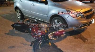 Rolim de Moura - Mais um acidente de trânsito é registrado nesta quarta-feira; motociclista foi socorrido após ser atingido por carro na Avenida Norte Sul - Vídeo