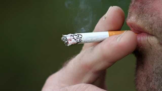 Fumantes que contraírem a Covid-19 tem mais chances de morrerem