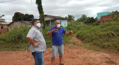 Dr. Lauro visitas bairros de Rolim de Moura e conversa com lideranças