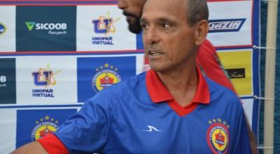 Ex-técnico do VEC diz que retorno do futebol ainda é 'prematuro'