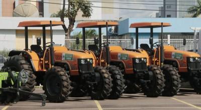 Governo entrega mais de R$ 2 milhões em equipamentos e maquinários para modernizar e fortalecer a agricultura familiar em Rondônia