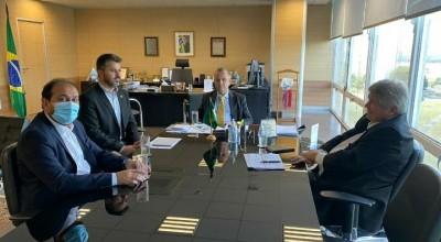 Laerte Gomes e Marcos Rogério discutem regularização fundiária em Rondônia com ministra da Agricultura