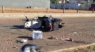 Motoqueiro provoca acidente entre mãe e filha e não presta socorro