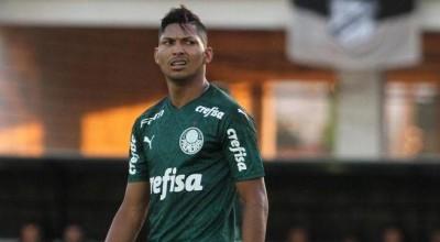 Rony, atualmente no Palmeiras, é suspenso