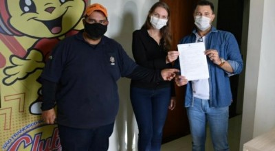 São Francisco do Guaporé: Prefeita Lebrinha recebe o novo diretor geral DER