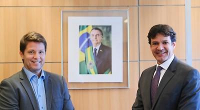 Secretário Mario Frias falta a reunião na Câmara para expor planos para cultura