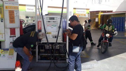 Ipem realiza ações de fiscalização em postos de combustíveis
