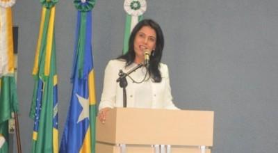 Afastada por suposto esquema de propina, prefeita renuncia candidatura à reeleição em Cacoal