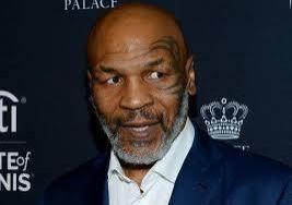 Aos 54 anos, Mike Tyson mostra corpo saradíssimo