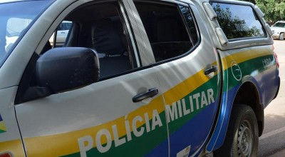 Homem expulsa esposa e a filha dela de casa, atira para intimidar e é preso em Theobroma