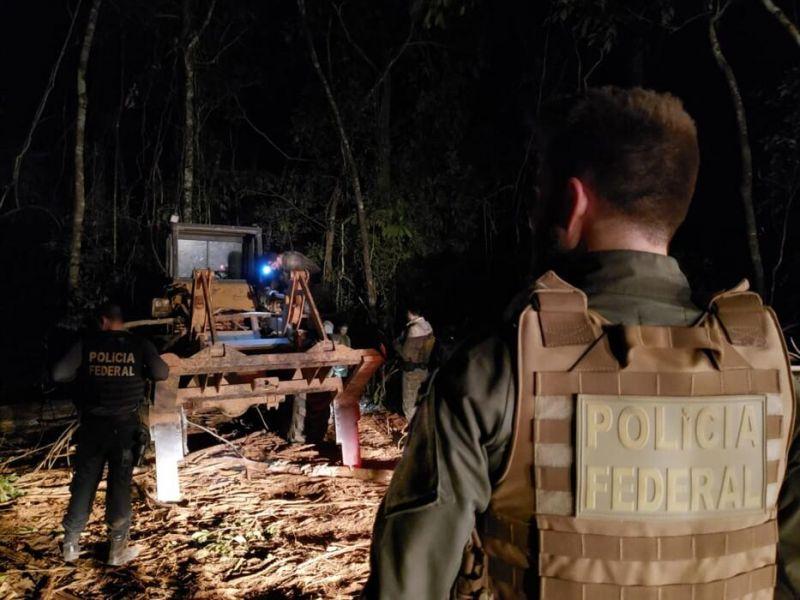 Operação da PF identifica lideranças indígenas em esquema de exploração de madeira