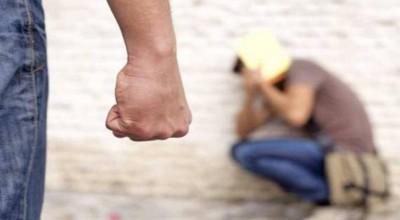 Porto Velho: Tio revoltado surra sobrinho por não aceitar sua opção sexual