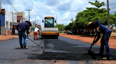 Governo de Rondônia dá início a pavimentação asfáltica de trechos da Avenida 25 de Agosto, em Rolim de Moura