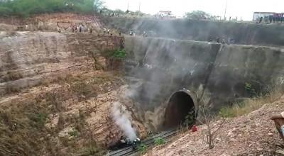 Policial morre após veículo cair de ponte de 30 metros de altura