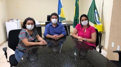 Prefeitura de Rolim de Moura implanta Piso Nacional Salarial e professores comemoram