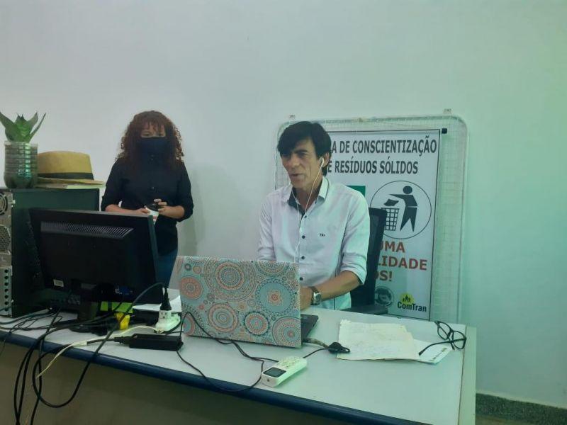 Rolim de Moura: Professores da Escola Dina Sfat participam de palestra educativa de conscientização Sobre Resíduos Sólidos