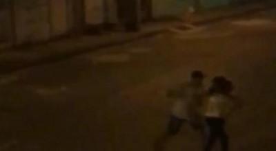 Suspeito de furtar bicicleta agride mulher e ameaça matá-la com vários tiros