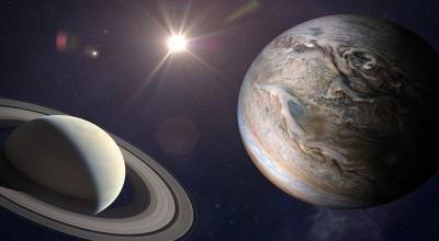 O ápice do alinhamento de Júpiter e Saturno