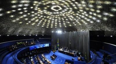 Senado aprova PL que estabelece vacina contra covid-19 gratuita
