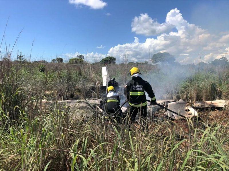 IML libera corpos de vitimas de acidente aéreo