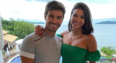 Jakelyne Oliveira se declara a Mariano