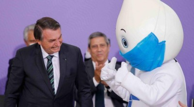 Mesmo sem vacinas, Bolsonaro mantém taxas de aprovação e desaprovação