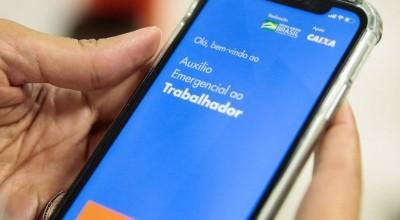 Bolsonaro diz que auxílio deve voltar em março e com parcelas de de R$ 250