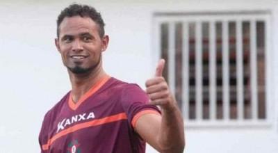 FUTEBOL: Goleiro Bruno pode ser diretor executivo