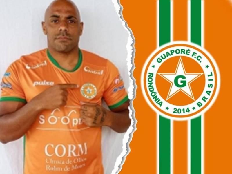Guaporé apresenta lateral que estava atuando no futebol fluminense