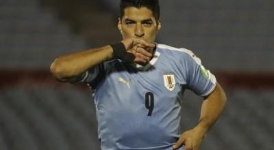 Luis Suárez comemora a marca de 500 gols na carreira