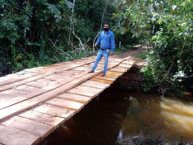 Vereador Cidinei da 200 agradece Semagri por ponte no setor chacareiro