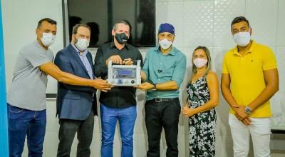 Após pedido do presidente Alex Redano, Sesau destina respirador para o município Novo Horizonte