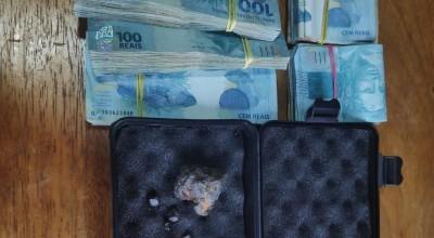 PF apreende R$ 50 mil com homem que queria comprar diamantes