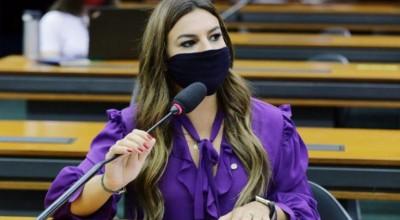 Vai à sanção PL relatado por Mariana Carvalho que garante afastamento remunerado de grávidas do trabalho presencial