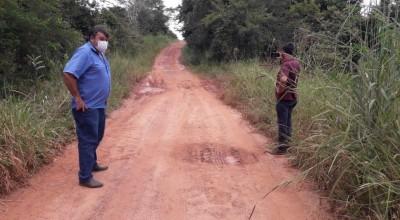 Vereador Eliomar Monteiro acompanha levantamento da SEMOSP para instalação de tubos corrugados na zona rural