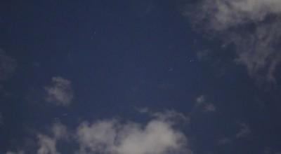 Satélites' da SpaceX cruza céu de Brasília