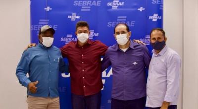Alto Alegre dos Parecis formaliza parceria com Sebrae para melhoramento genético de rebanho leiteiro